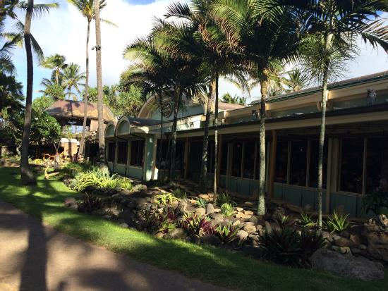 Mama 39 s picture of mama 39 s fish house paia tripadvisor for Fish house maui