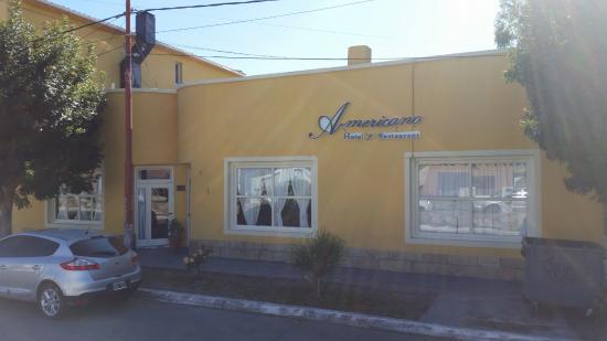 Hotel y restaurant americano perito moreno for Hotel americano restaurant
