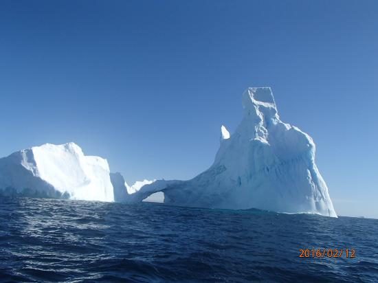 South Pole: iceberg  a nonforgaatable picture of world