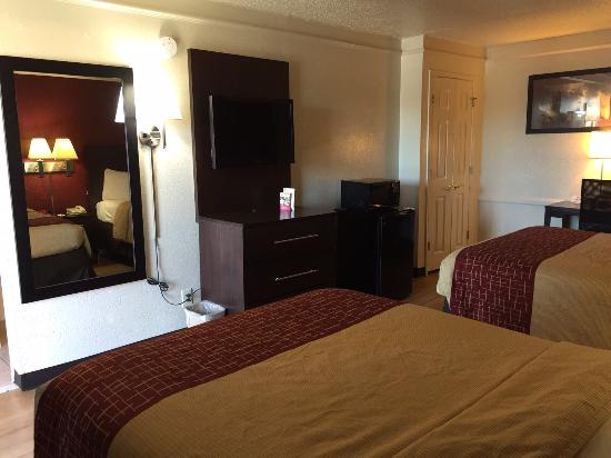 Red Roof Inn Dallas-Richardson: Awesome stay in redroof inn  under budget