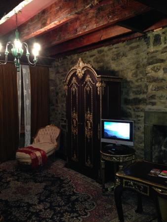 La Maison Pierre du Calvet: Room 6
