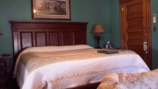 Keystone Inn Bed and Breakfast: Bed