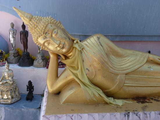 Bophut, Thailand: Reclining Buddha