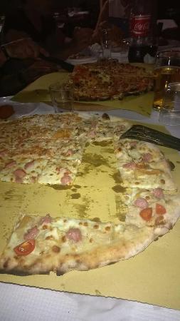 Magna E Zitto - Pizzeria Bar Tavola Calda