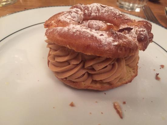 Tarte au citron, hummmm Paris Brest excellent Parfait au chocolat Magret de canard , purée de pa