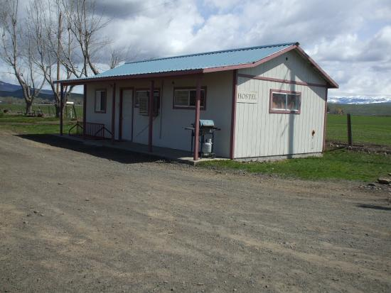 Cambridge, ID: Ideal to stay in while riding or hiking the Weiser River Trail only half a mile from Mundo