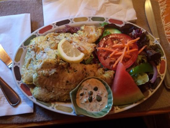 Landmark Cafe: Amazing fish!