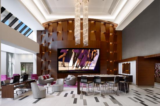 Hilton Woodland Hills/Los Angeles: Our new media wall and entrance