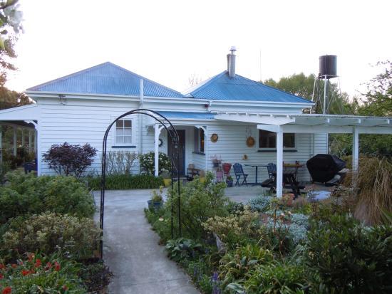 Halfmoon Cottage