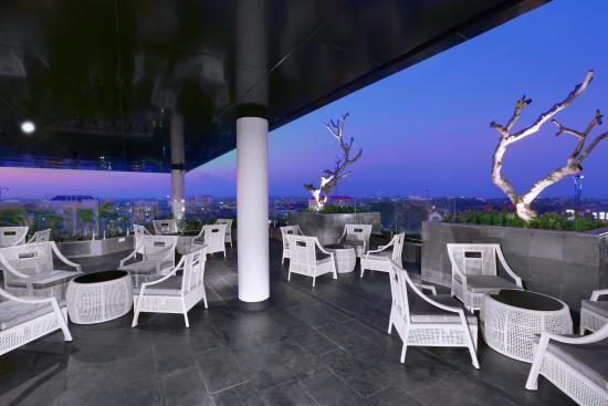 Neo Sky Lounge