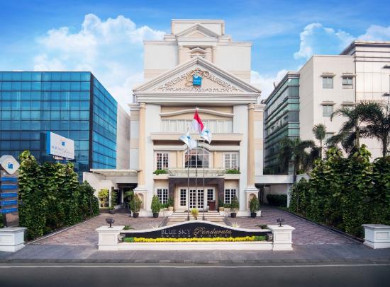 Blue Sky Pandurata Hotel