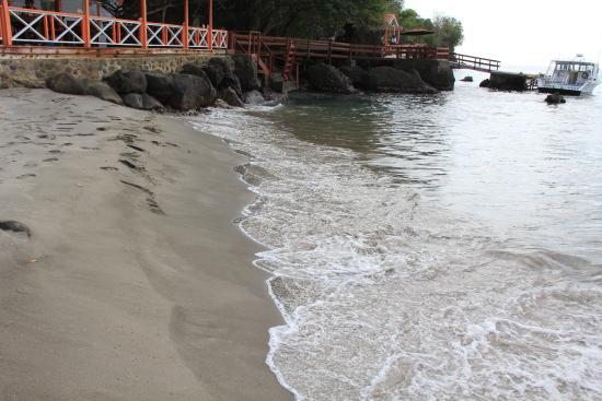 Anse La Raye, St. Lucia: Black sand beach