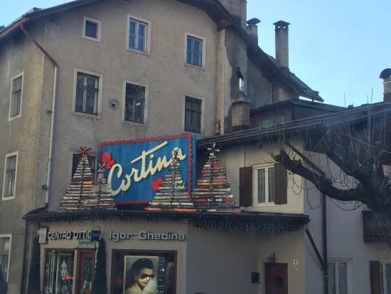 Centro storico foto di centro storico cortina d 39 ampezzo - Centro veneto del mobile recensioni ...