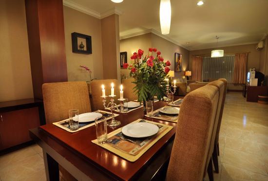 apartment 2 picture of blue sky hotel balikpapan tripadvisor rh tripadvisor com