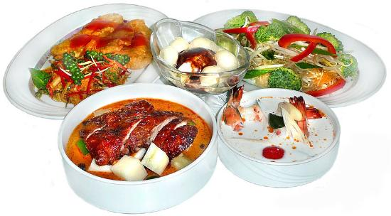 Pochana Thai Restaurant: Authentisch Thai