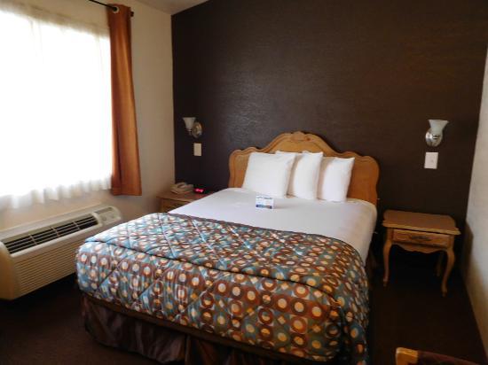 Anaheim Discovery Inn & Suites Foto
