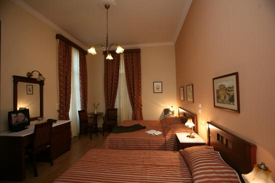 Hotel Egli: Triple room