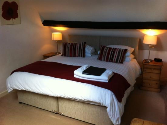 Burcott Mill Guesthouse: Millwright's Loft - 2 bedroom family suite