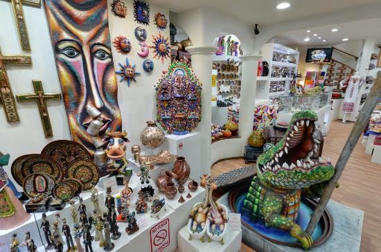D'Garheti Gallery Boutique