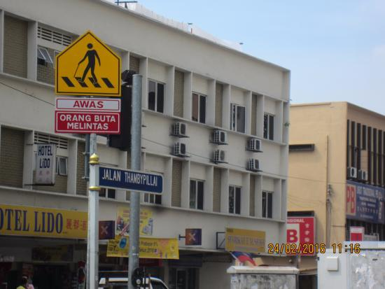 KualaLumpur Travel Tour Vvery Cheap Budget Hotel Is Lido Next To The Popular Restaurant