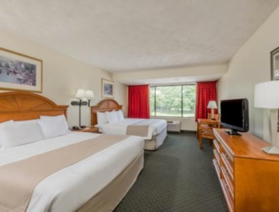 Ramada Middletown Newport Area : Double Bed Accomodations
