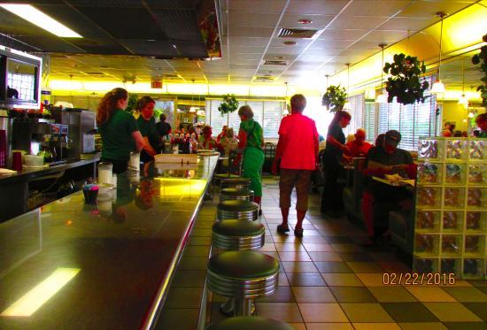 Sebring, FL: Interior