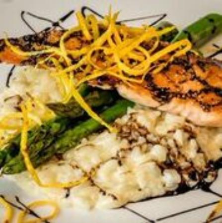 Eagles Mere, PA: Pan seared salmon