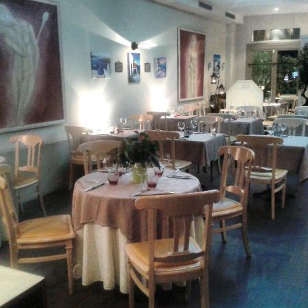 Le Moulin De Mykonos : la salle du Moulin De Mykonos