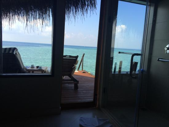 Superieur Adaaran Club Rannalhi: View From The Bathroom (two Way Glass)