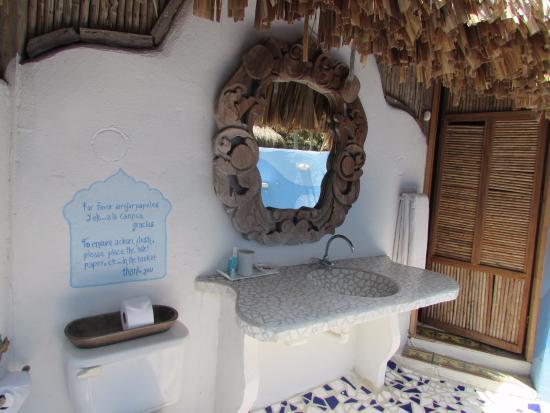 Playa Koralia: Baño