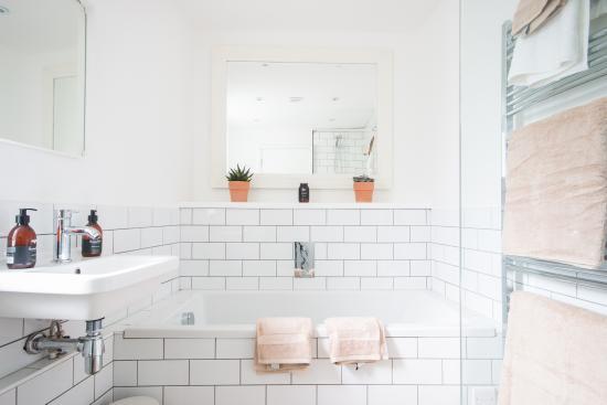 The Garden House Bath照片