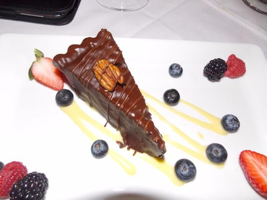 Hudson's on the Bend: Turtle pie - The BOMB...............