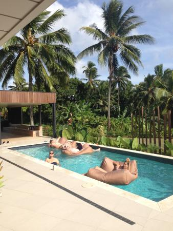 Vaimaanga, Isole Cook: Holiday Mode 101