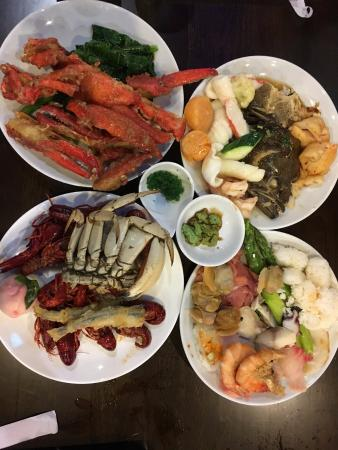 Good variety - Sumo Premium Seafood Buffet, Naperville Traveller ...