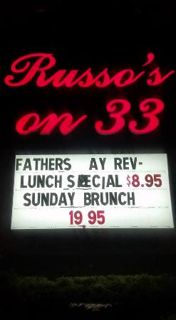 Millstone, Nueva Jersey: The sign out in front of Russo's 33 !