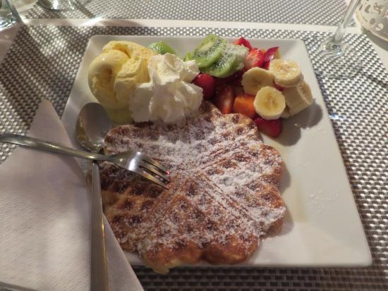 tropical waffle - Bild från Casito Mediterraneo, Puerto de ...