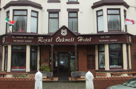 Royal Oakwell Hotel : Hotel By Day