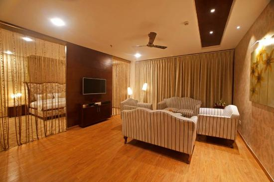 Pictures of Grand Xenia - Ajmer Photos