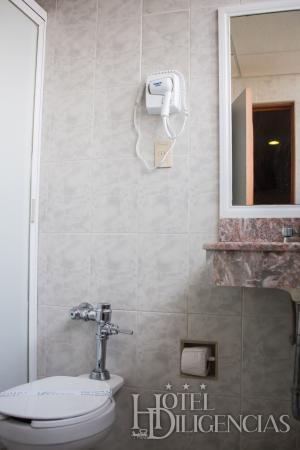 Hotel Diligencias: Baño