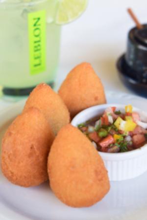 Minas Brazilian Restaurant & Cachaçaria: Coxinhas