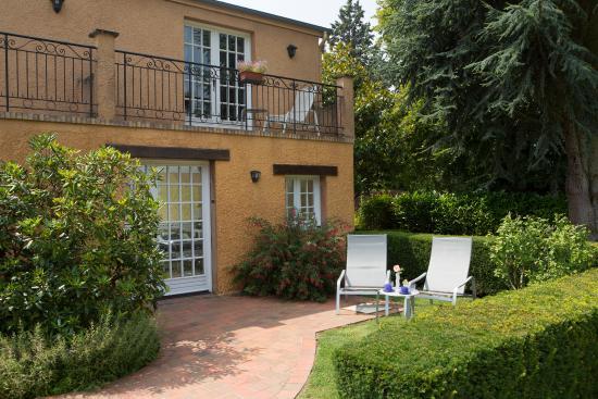 La Boissiere-Ecole, Francia: terrasse chambre coimbra