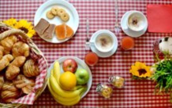 Cremeno, Italië: prima colazione