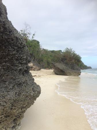 Kagusuan Beach: On a cloudy day