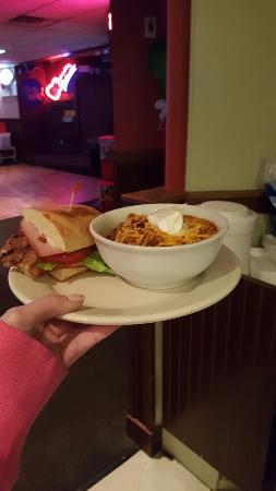 Celina, OH: Bayview Pub & Grill