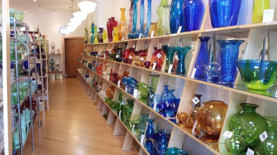 ‪West Virginia Glass Outlet‬