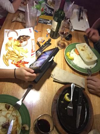 Applebee's: Every dish was finished and great!