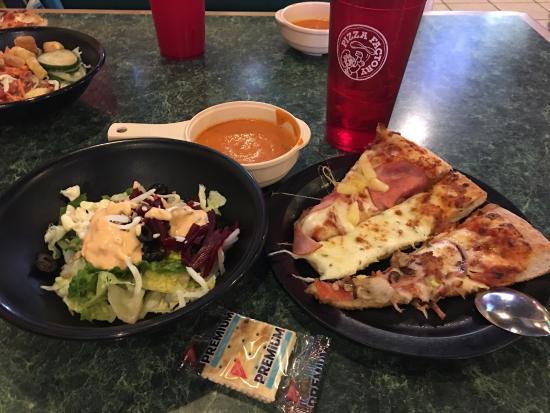 pizza factory salinas 926 s main st updated 2019 restaurant rh tripadvisor com