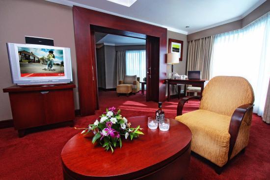 executive suite room 2 picture of blue sky hotel balikpapan rh tripadvisor co uk