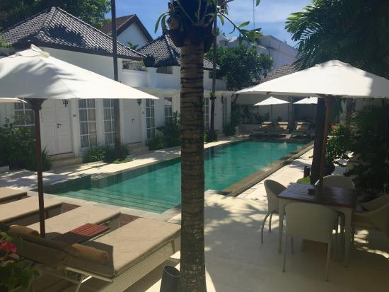 The Colony Hotel Bali: Welcoming, intimate and meticulously maintained pool area