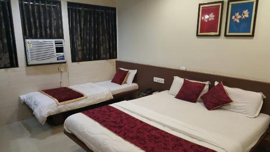 Akash Hotel